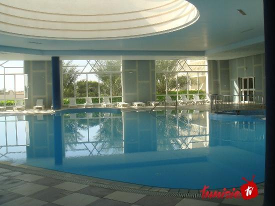 El Mouradi Tozeur pool